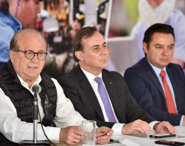 Yo le propongo al señor gobernador que siga Morelos rompiendo paradigmas y siga caminando hacia adelante en la modernización de la cultura de mejora regulatoria