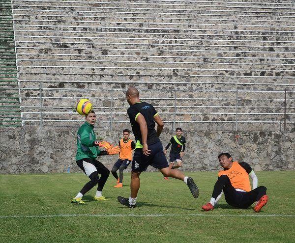 El Zacatepec comenzó esta semana su preparación y con la plena confianza de que podrá salir avante, sabe que cuentan con un plantel competitivo, como lo ha demostrado en la Copa y Liga, en donde ha sabido sortear algunos obstáculos