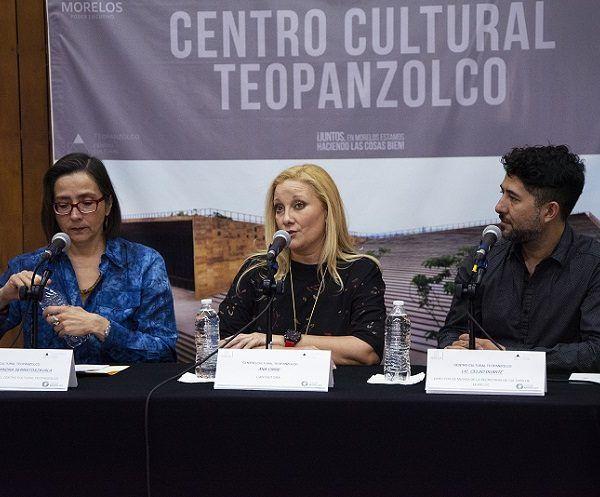 La artista estuvo acompañada por Nina Serratos, directora del Centro Cultural Teopanzolco; y Celso Duarte, director de Música de la Secretaría de Cultura de Morelos