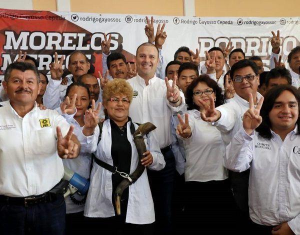 Integrantes del grupo denominado Constituyente Ciudadano Morelos le brindaron su respaldo al perredista al hacer un pronunciamiento abierto, donde resaltan que es un hombre comprometido con todos los sectores de la sociedad, íntegro y dispuesto a transformar Morelos