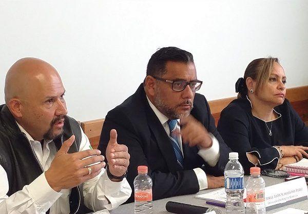 En la reunión se acordó la instalación de equipo de Rayos X y de un laboratorio clínico de Bacteriología y la ampliación de la autorización para el otorgamiento de medicamentos de segundo nivel, lo que beneficiará a los 90 mil derechohabientes adscritos a la CMF de Cuernavaca y que radican en la capital y zona metropolitana de Morelos