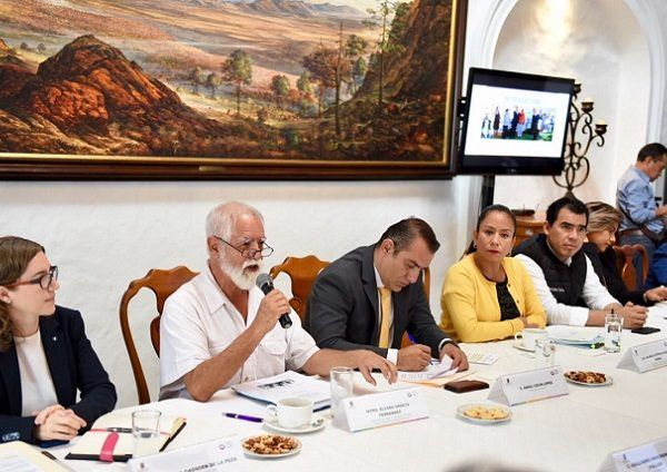 Al entregar el Informe de Actividades 2013-2018 al Gobierno de Morelos, Álvaro Urreta Fernández, secretario Ejecutivo del Consejo, indicó que dicho documento también será entregado a la próxima administración para su revisión y análisis, a fin de que contribuya a la elaboración de políticas de gobierno