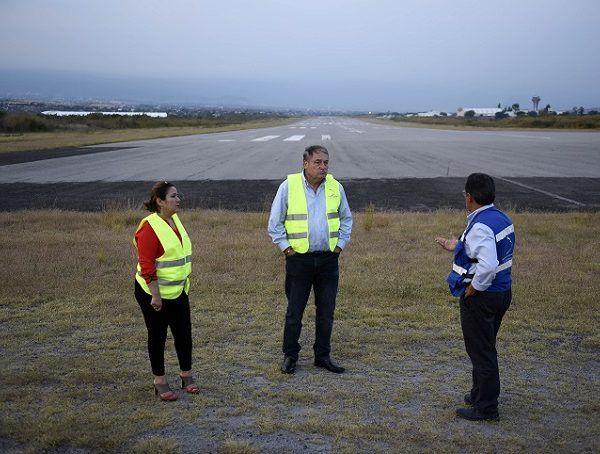 Informó que por su cercanía con la capital del país, el también conocido como Aeropuerto de Cuernavaca, podría ser una alternativa a la grave congestión aérea del Aeropuerto Internacional de la Ciudad de México