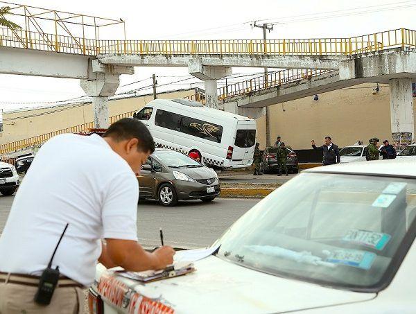 En un puesto instalado en la carretera Cuautla-Yautepec, se detectaron ocho unidades de Ruta 14 que no cumplían con los requisitos para circular