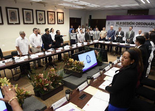 El mandatario estatal realizó la apertura de la sesión en la que destacaron las acciones que la Comisión Estatal de Seguridad Pública (CES) llevó a cabo en materia de prevención de la violencia, del 1° de abril al 30 de junio de 2019