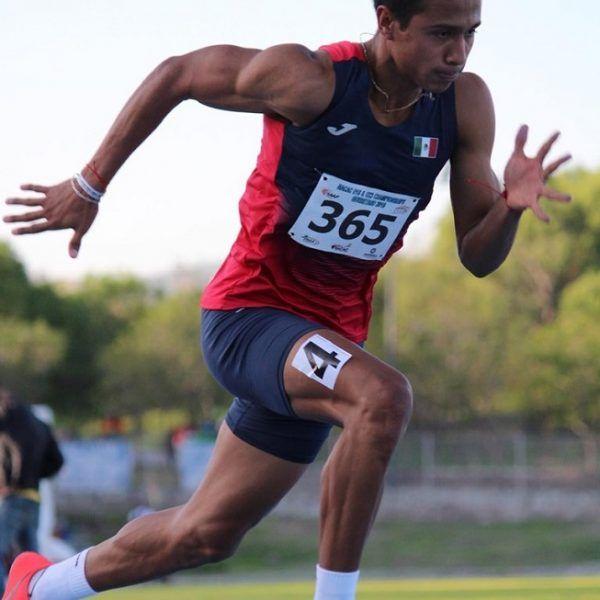 Estuvo seguido por Kyle Gale, de Barbados, con 47,34 y Deandre Watkin, de Jamaica con 47,63, quienes por más que trataron de rebasar al mexicano no lo lograron; Flash ofreció una de sus mejores actuaciones y cerró con una fuerte contundencia para lograr la victoria al final de la competencia