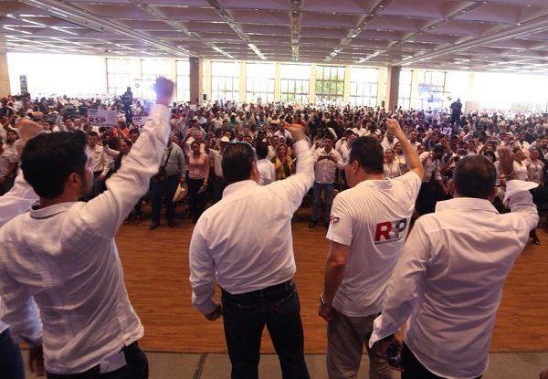 """Durante un encuentro con mujeres y hombres en el WTC de Morelos, al señalar que la ruta es larga para conformar a Redes Sociales Progresistas como partido político, reconocieron que en México se viven momentos intensos de discusión, debate y por lo mismo """"esta será la década de las mujeres"""", por lo que reiteraron que """"no podemos permitir la violencia contra las mujeres ni permitir el discurso machista en México"""