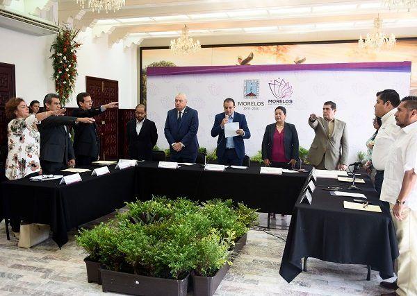 """""""Unidos por Morelos"""" fue creado por decreto en octubre de 2017, con el objetivo de implementar las acciones necesarias para la reconstrucción de las zonas afectadas por el citado sismo, sobre todo en los municipios de Jojutla, Tlaquiltenango, Yautepec, Jonacatepec, Tepalcingo, Tlayacapan, Cuautla y Cuernavaca"""