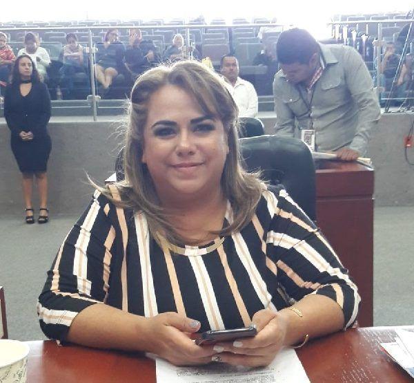 Con relación a la resolución que este día nos fue notificada por la Dirección Jurídica del Congreso del Estado, en torno al Juicio para la Protección de los Derechos Político-Electorales del Ciudadano (JDC), registrado con expediente SCM-JDC-1214/2019, por las expresiones misóginas y de violencia política vertidas por el diputado José Casas, durante la sesión del 10 y concluida el 11 de octubre de este año, la diputada Tania Valentina Rodríguez Ruíz