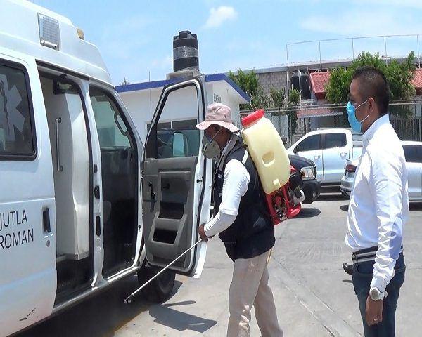 Dijo que esta acción se llevó a cabo en conjunto con la Jurisdicción, ya que acordaron que él donaría la motomochila y la institución aportaría el líquido para la sanitización, así como el personal que lleve a cabo el trabajo
