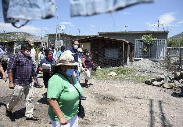 En tal sentido, Blanco Bravo señaló que en toda la entidad los morelenses deben contar con los servicios básicos como agua, luz y drenaje en sus comunidades, para vivir de manera digna