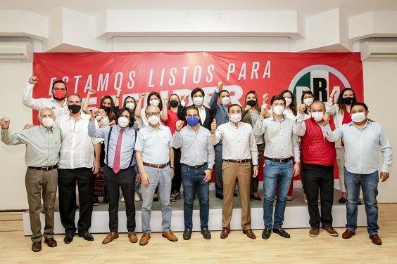 el presidente del Comité Directivo Estatal, Jonathan Márquez, informó que el partido ha cumplido en tiempo y forma con todos los registros de sus candidatos.