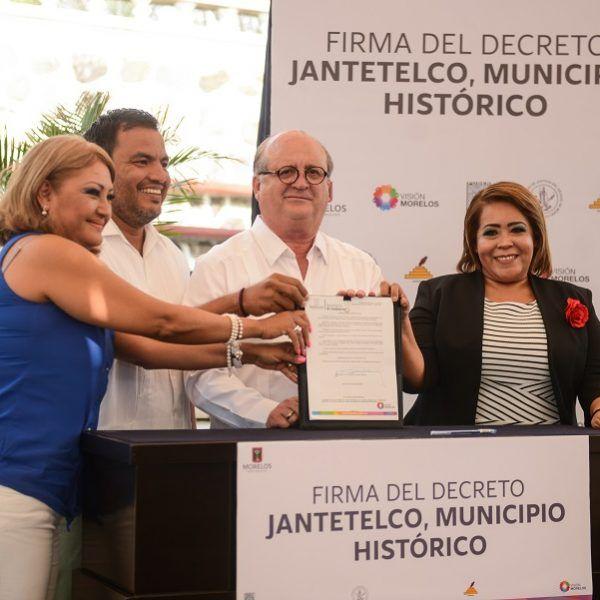 el presidente de Jantetelco, Felipe Domínguez Robles