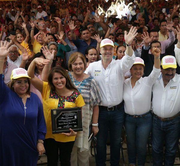la presidenta del Sistema DIF Morelos, Elena Cepeda