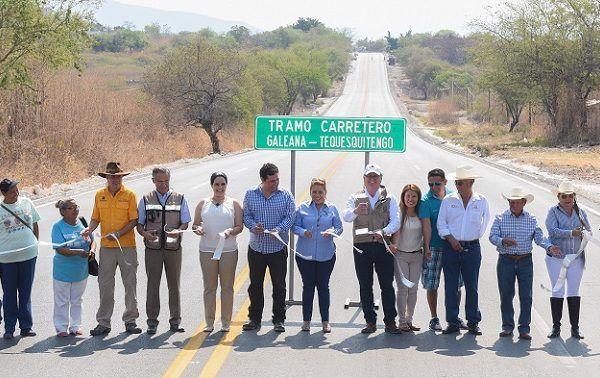 se llevó a cabo con recursos propios y gracias al apoyo de los diputados Hortencia Figueroa Peralta y Julio Espín Navarrete, que impulsaron el acuerdo para llevarla a cabo, junto con otras obras carreteras
