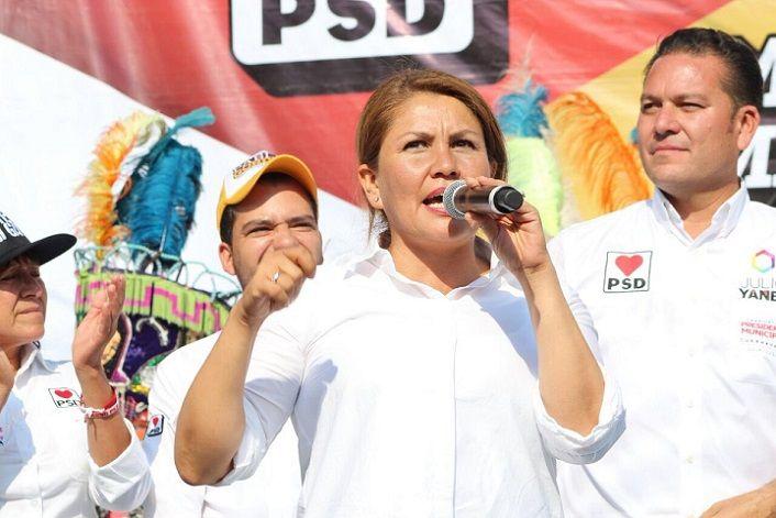 Hortencia Figueroa comentó que es importante gestionar desde el Senado, mayor inversión a este sector, para impulsar la economía de Jojutla en apoyo a los comerciantes damnificados por el sismo