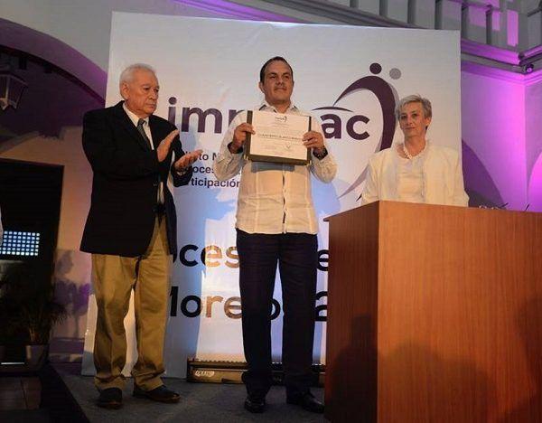 El alcalde de Cuernavaca y ex futbolista profesional asumirá el cargo de gobernador de Morelos el próximo 01 de octubre en sustitución del perredista Graco Ramírez