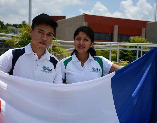 Durante un año los dos jóvenes de las carreras de administración y sistemas informáticos realizarán estudios de licencia profesional, es decir, continuarán sus estudios universitarios en la modalidad francesa