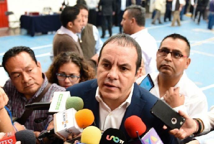 Reiteró que su único compromiso es cumplir y no fallarle a Morelos, sobre todo a los sectores más desprotegidos que son los más afectados por la corrupción del gobierno anterior, que tanto lastimó a la entidad dejándola hundida en la inseguridad y la pobreza
