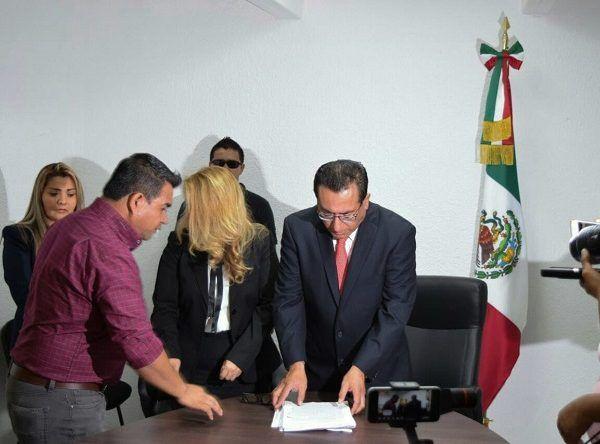 La denuncia es respecto a los depósitos que los diputados de la LIII Legislatura debieron realizar al Instituto de Crédito para los Trabajadores al Servicio del Gobierno del Estado de Morelos (ICTSGEM), en los ejercicios 2016, 2017 y 2018