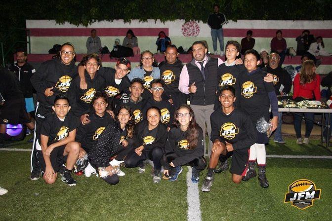 Se dará cita los representativos de Junior Football Morelos (JFM), bajo el mando de su entrenador en jefe César David García Navarro, con todo su staff de coordinadores, que van en busca de lograr las primeras posiciones de esta justa nacional