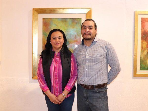 El director del Instituto de Cultura de Cuernavaca, Jorge Alberto Barrera Toledo, quien estuvo acompañado de la Secretaria de Bienestar Social, Cynthia Mariselma Pérez, informó que esta exposición se llevará a cabo hasta el último día de este mes