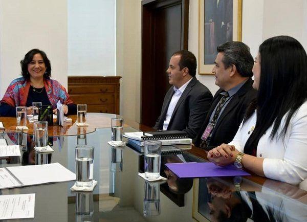 El jefe del Ejecutivo estatal y la funcionaria del Gobierno de México acordaron establecer criterios claros y transparentes para conducir e integrar el Programa Anual de Auditoría, lo cual dará certeza de que las participaciones federales se destinan a los programas previstos en el Plan Estatal de Desarrollo