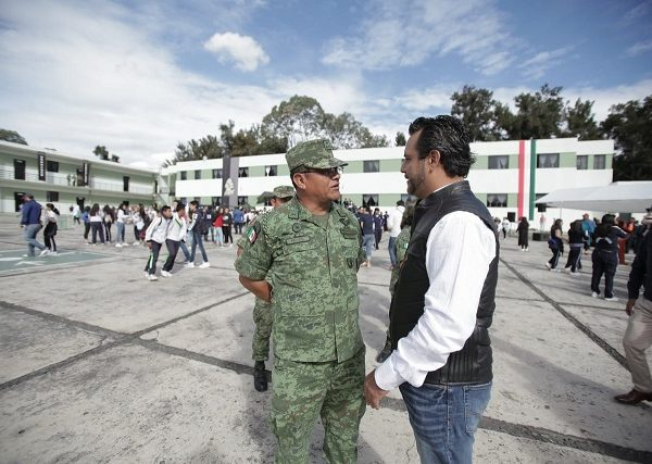Antonio Villalobos refrendó su compromiso institucional que permita lograr los objetivos que se establecen a través de la Mesa Territorial para la Construcción de la Paz, en el cual, Ayuntamiento de Cuernavaca, así como Huitzilac, Temixco, Zapata, Xochitepec participan de manera directa