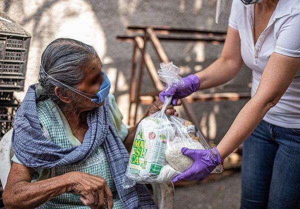 """""""Morelos está viviendo un momento complicado, miles de familias están en una situación difícil, los papás están teniendo qué decidir si cuidan su salud o salen a trabajar para llevar el pan a la mesa y arriesgarse a ser contagiados"""", explicó Jorge Argüelles dirigente del PES"""
