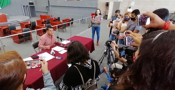 Fue a través de una carta entregada la mañana de este lunes presidente, en donde el legislador le explicó los problemas de inseguridad que se registran en Morelos lo que ha dejado a decenas de personas muertas en las últimas semanas