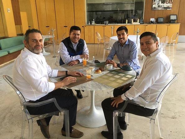 La reunión pareció de trascendencia para los observadores de la política local. PAN y PES son partidos de derecha, lo reconozcan o no